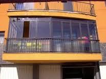Denuncia por cerramiento de terraza