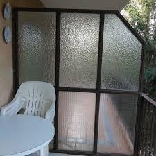 Mayoria para cambiar cristal medianera en dos terrazas de viviendas