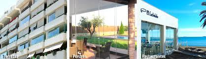 Cerramiento terraza con cortina de cristal sin perfilería tipo Lumon
