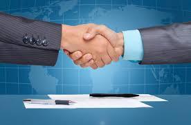 Tipos de contrato para un colaborador en una administración fincas