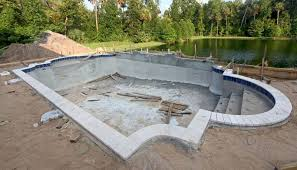 Construcción de piscina por 3/5 y problemas con construcción playa
