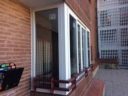 Pasos necesarios para el cerramiento de un balcón