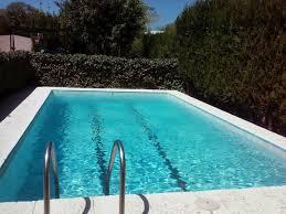 ¿Me puedo eximir del pago de una parte de la cuota por no utilizar las instalaciones de la piscina?