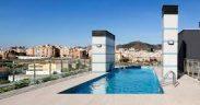 Mejora en zona comunitaria que rodea a la piscina