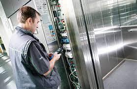 Correcto mantenimiento de ascensores: su importancia en una comunidad de propietarios